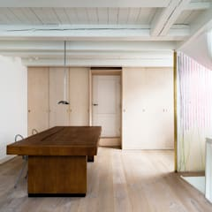 Huis Jordaan:  Studeerkamer/kantoor door Unknown Architects,