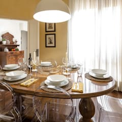classic Dining room by Architrek