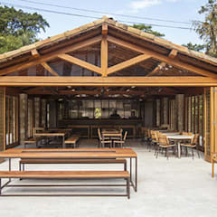 Reserva Florestal e Fazenda Bananal - Paraty - RJ: Espaços gastronômicos  por Flavia Machado Arquitetura