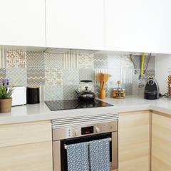 Casa da Rute Cozinhas escandinavas por Homestories Escandinavo