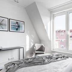 MIESZKANIE WAKACYJNE TARTACZNA 2 - GDAŃSK: styl , w kategorii Sypialnia zaprojektowany przez Anna Serafin Architektura Wnętrz