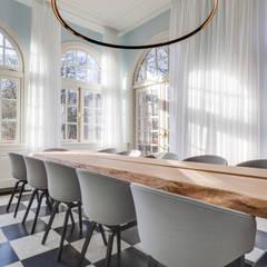 orangerie:  Kantoor- & winkelruimten door Dineke Dijk & partners Architecten