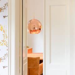 meeting room:  Kantoor- & winkelruimten door Dineke Dijk & partners Architecten