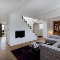 interior:  Woonkamer door Dineke Dijk Architecten