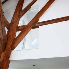 Van Stolp naar Loft:  Muren door Dineke Dijk Architecten