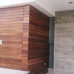 CIMA : Puertas de estilo  por PESA ARQUITECTOS