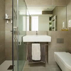 Baños de estilo  por Sezam disseny d'Interiors SL
