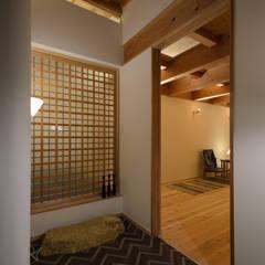 晴耕雨読: 風景のある家.LLCが手掛けたドアです。