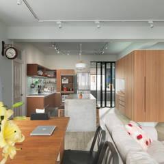 Dining room:  廚房 by 湜湜空間設計