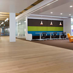 Lapangan terbang by Uipkes Wood Flooring