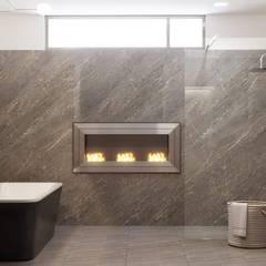 Reforma de un baño de diseño.: Baños de estilo  de Isabel Gomez Interiors