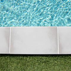 Piscine de6x3m: Piscines  de style  par Oplus piscines