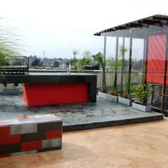 Terraza BBQ: Terrazas de estilo  por RIVAL Arquitectos  S.A.S.