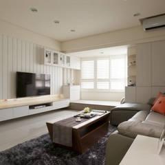 Living room by 北歐制作室內設計, Country