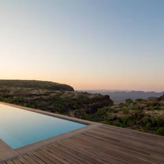 Pool : modern Pool by Hugo Hamity Architects