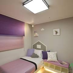 부산 분양 모델하우스 세팅, 북유럽 스타일 - 노마드디자인: 노마드디자인 / Nomad design의  여아 침실