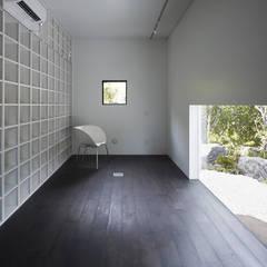 Floors by 山縣洋建築設計事務所
