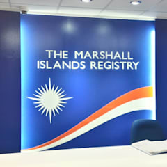 Marshall Islands Registry Manila Office:  Offices & stores by KDA Design + Architecture, Modern