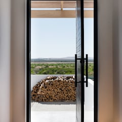Front doors by de Beyer Design Studio