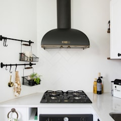 Kitchen by Triangle Studio