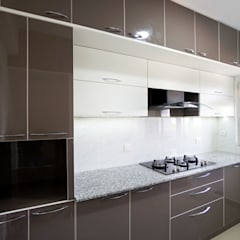 Subhra And Bhartau0027s Apartment In MJR Pearl,Kadugudi,Bangalore: Modern  Kitchen By Asense