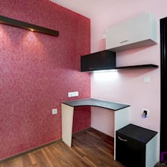 Parul & Gourav's apartment in Sumadhura Shikharam,Whitefield,Bangalore:  Study/office by Asense