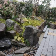 個人宅④: 庭良が手掛けた庭です。