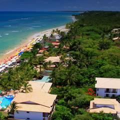 Vista aérea do Hotel: Hotéis  por Arquitetura & Design - Marcela Tavares