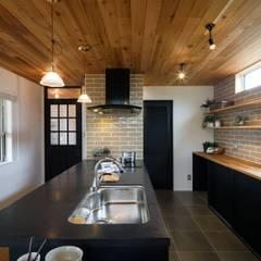 house-15: dwarfが手掛けたキッチンです。,