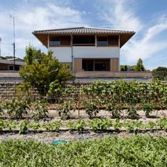 斑鳩の家: 中山建築設計事務所が手掛けた木造住宅です。