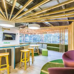 Espacio chill: Oficinas y Tiendas de estilo  por Aluzina