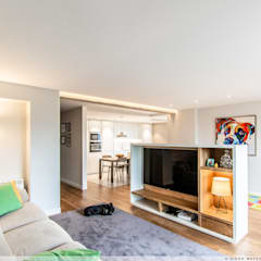 Projekty,  Sprzęty RTV zaprojektowane przez TALLER VERTICAL Arquitectura + Interiorismo