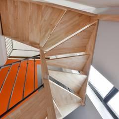 Arty Pop: Escalier de style  par Rénow
