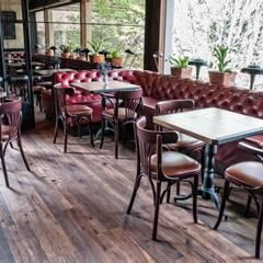 Restaurante Cacio e Pepe: Locales gastronómicos de estilo  por Pisos Millenium