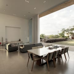 Casa Americana: Salas de jantar  por Olaa Arquitetos