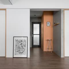 دیوار by Studio In2 深活生活設計