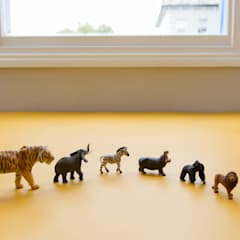 Jungle toys :  Nursery/kid's room by Tigerplay at Home