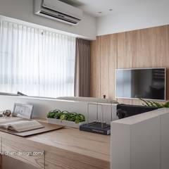 Oficinas de estilo  por 鼎士達室內裝修企劃