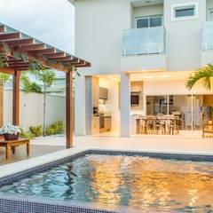 Residência F|S: Piscinas infinitas  por Giovanna Gonçalves - Fotografia de Arquitetura