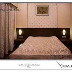 Mr. Sahil Sarbai: asian Bedroom by Midas Dezign