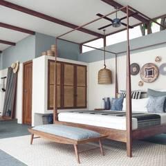 Han House: rustic Bedroom by Studio Gritt
