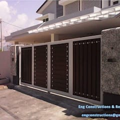 Gate:  Front doors by Sam Contractors Ipoh, Modern
