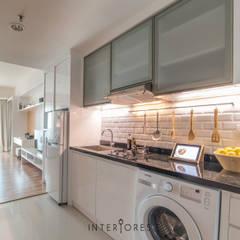 Kemang Village - Studio Apartment: Dapur oleh INTERIORES - Interior Consultant & Build, Minimalis