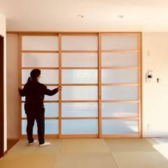 B house: トラス・アーキテクト株式会社が手掛けたドアです。