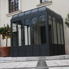 900: Villa in stile  di moliarchdesign