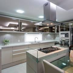 وحدات مطبخ تنفيذ Mais Art & Design