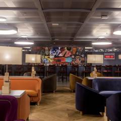 DRY Martini SLP: Bares y discotecas de estilo  por Proyectos JL