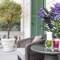 Interior design of a private residence on Italian Riviera: Terrazza in stile  di NG-STUDIO Interior Design