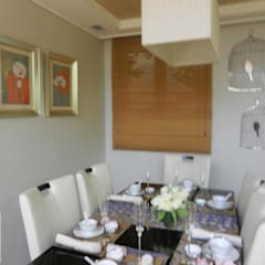 Apartamento Santa Cecilia - São Paulo: Salas de jantar  por Cassia Espada Arquitetura e Interiores
