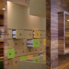 :  Clinics by FINGO DESIGN & ASSOCIATES LTD., Modern Wood Wood effect
